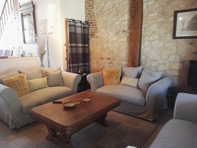 Reduced - 8 Bedroom Chambre D'hôtes/B & B near Millac in the Vienne 12897