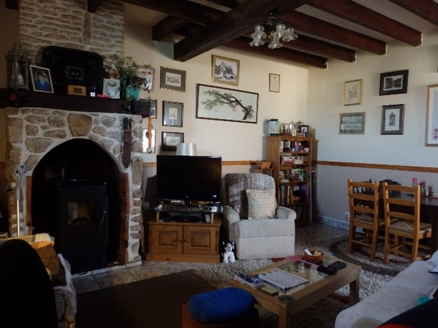 Perfect 3 Bedroom Stone House in Brigueuil in the Charente 13206