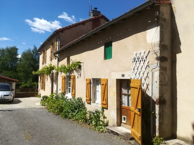 Excellent House and Gîte close to Confolens in the Charente 13250