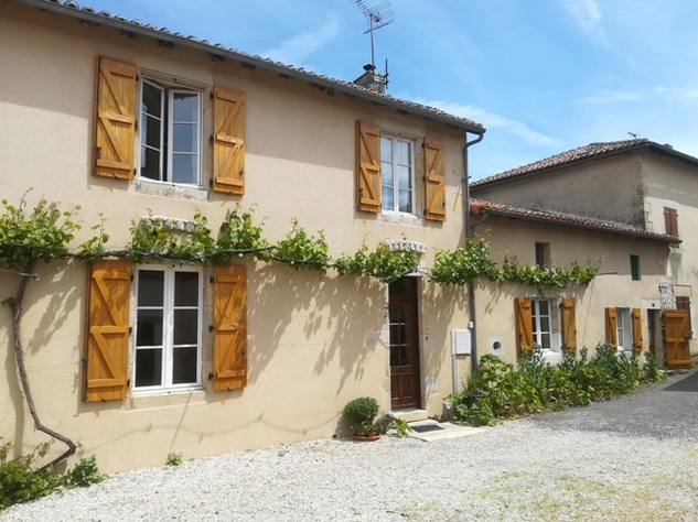 Excellent House and Gîte close to Confolens in the Charente 13267
