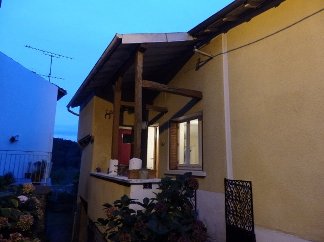 House with Airbnb Let in Châteauponsac in the Haute Vienne 13347
