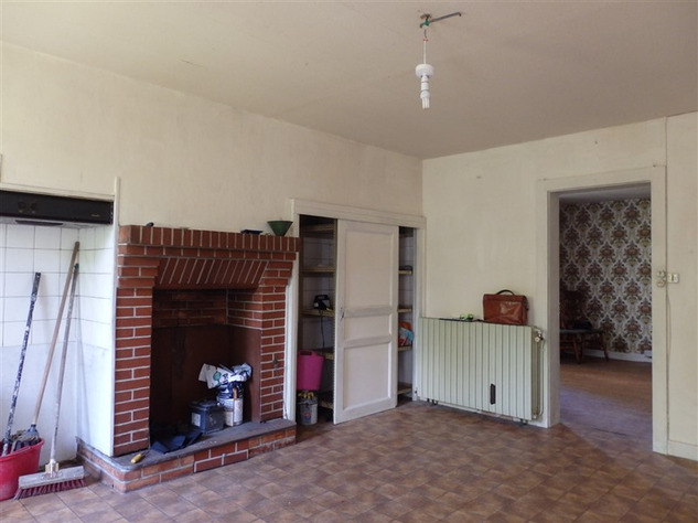 House to Renovate near Bellac in the Haute Vienne 14516