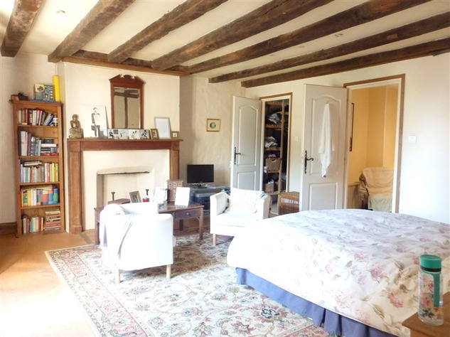 Spacious, Stone Village House for Sale in Luchapt - Vienne 14208
