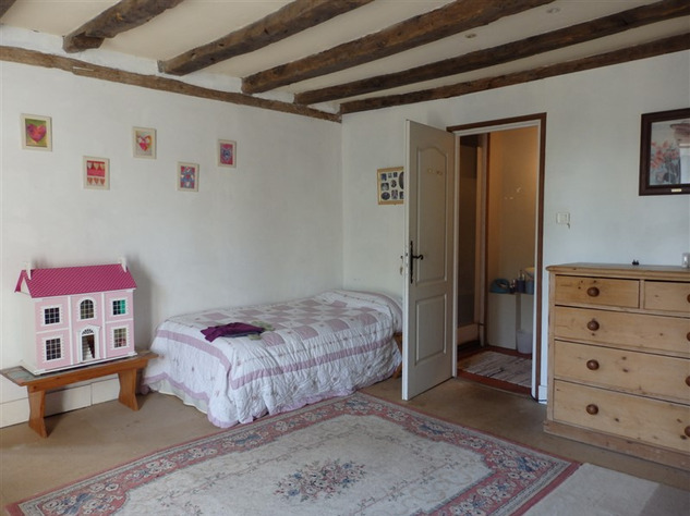 Spacious, Stone Village House for Sale in Luchapt - Vienne 14212