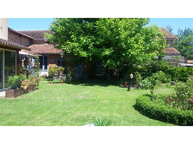For Sale Equestrian Home near Bellac in the Haute Vienne 14657