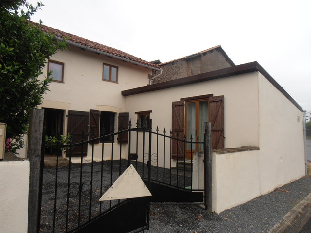 For Sale 3 Bedroom House in Nerignac in the Vienne 14715