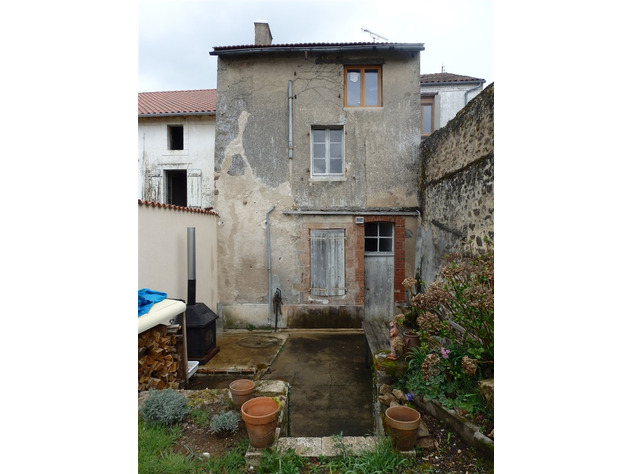 For Sale House with Garden in Magnac Laval - Haute Vienne 15420