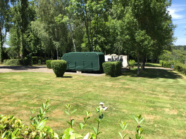 Established Campsite with House in the Charente - Nouvelle Aquitaine 14330